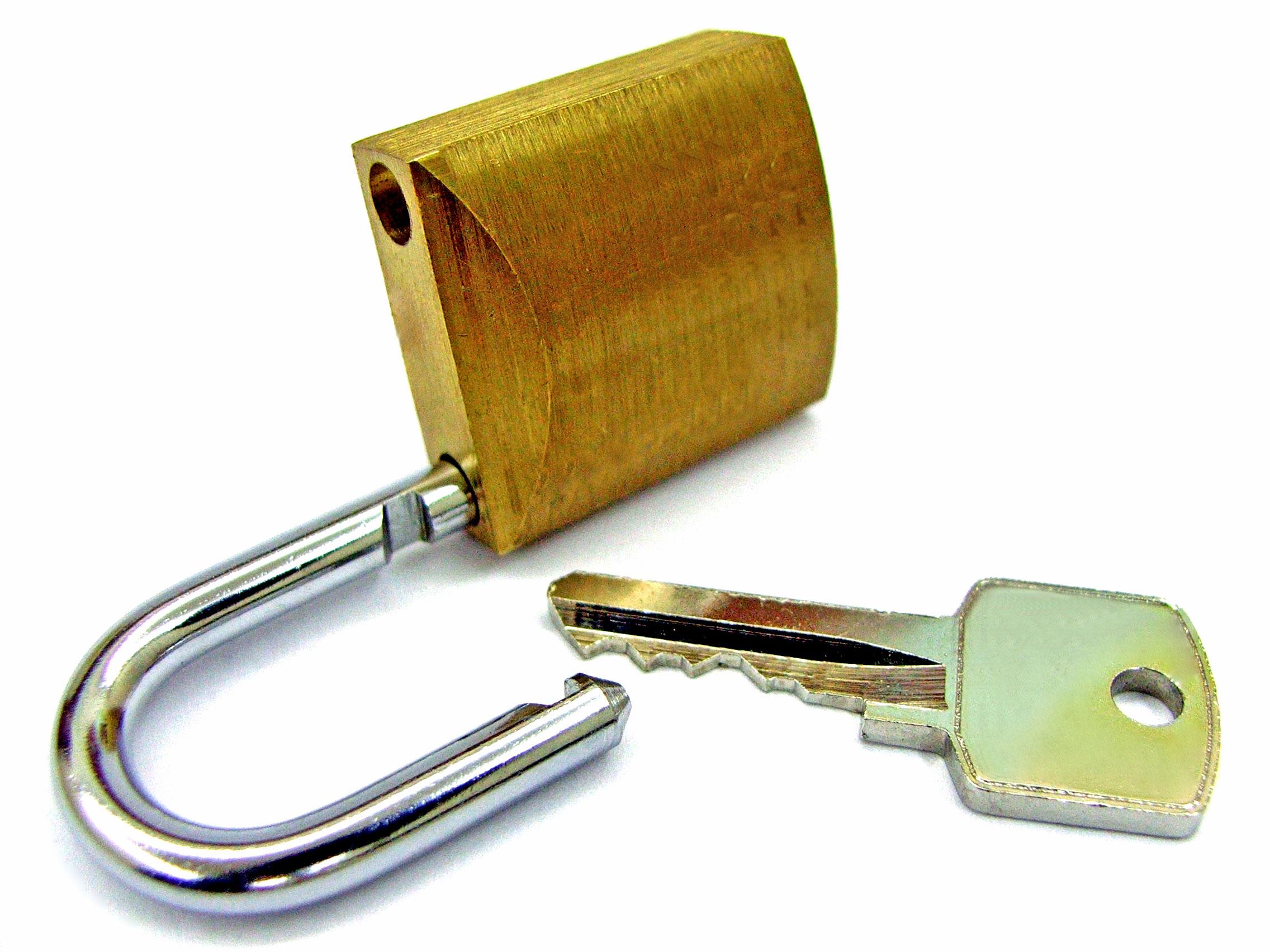 opened-padlock-1522571
